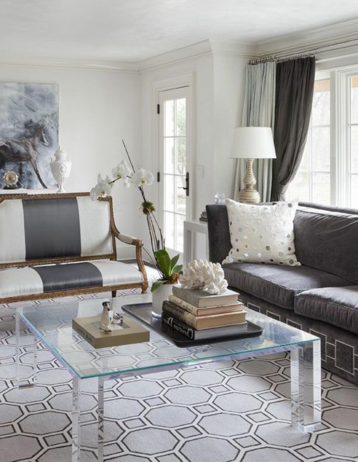 table-carrée-verre-et-tapis-gris-géométrique