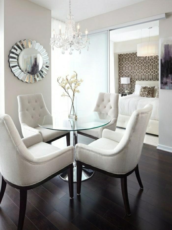 table-ronde-plateau-verre-plateau-de-table-en-verre-salle-de-séjour-parquet-foncé