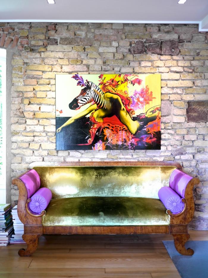tableau-pop-art-peinture-pop-art-extravagante-et-mur-en-briques