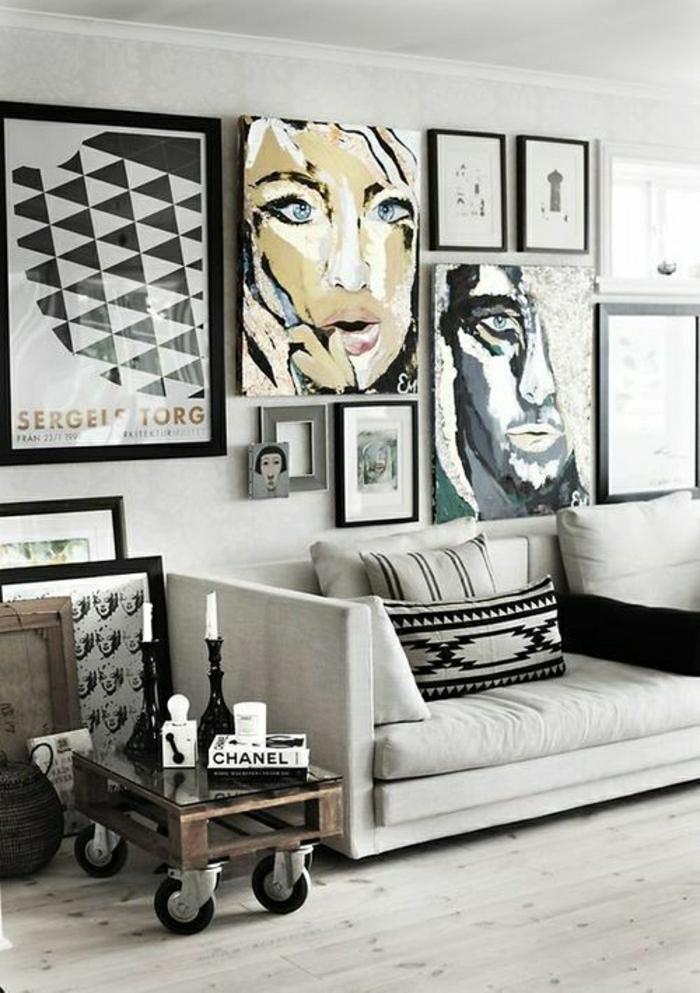 tableau-pop-art-visages-en-style-pop-art-et-petite-table-en-palette