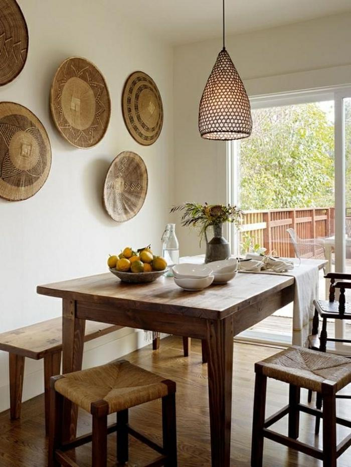 tabouret-en-rotin-design-chaises-de-cuisine-table-en-bois-rotin-design-décoration-murale