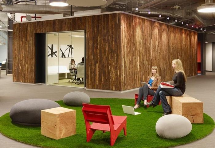 tapis-rond-de-faux-gazon-synthétique-pour-avoir-un-intérieur-moderne-coin-de-travail