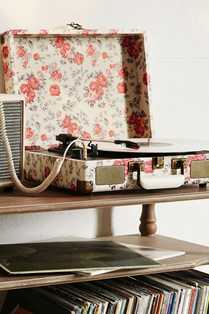 tourne-disque-vintage-portable-motifs-floraux