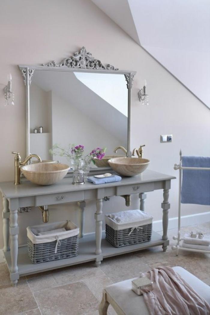 un-meuble-sous-lavabo-avec-colonne-vintage