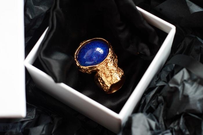 yves-saint-laurent-arty-bague-vedette-bleu