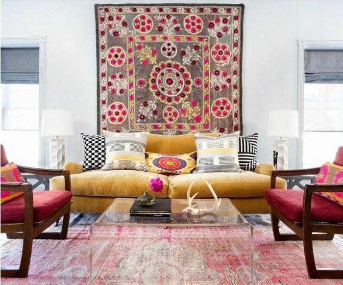 à-aménager-son-salon-marocain-toulouse-fauteuil-marocain-salle-de-séjour-idée-originale-canapé-jaune