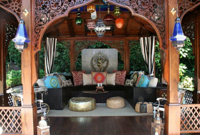 Le canap marocain qui va bien avec votre salon for Idee salon de jardin original