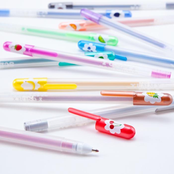 école-lycée-choses-pour-université-tout-dont-élève-a-besoin-cahiers-crayons-stylos-idées-créatives-pesronnalisation-aromat-stylos-resized
