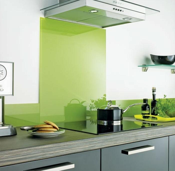 élégante-cuisine-credence-en-pvc-credence-inox-ikea-meubles-de-cuisine-jolie-idee