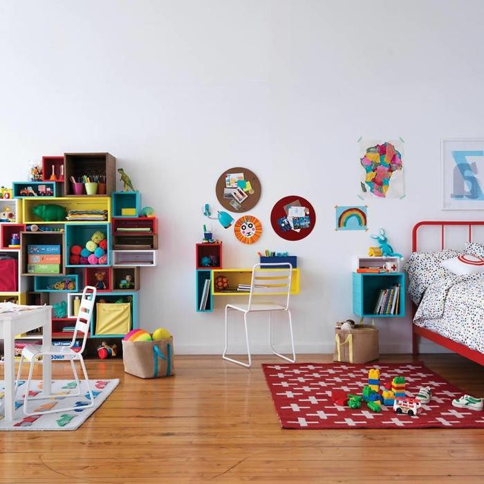 étagère-cube-rangement-modulable-pour-la-chambre-d'enfant