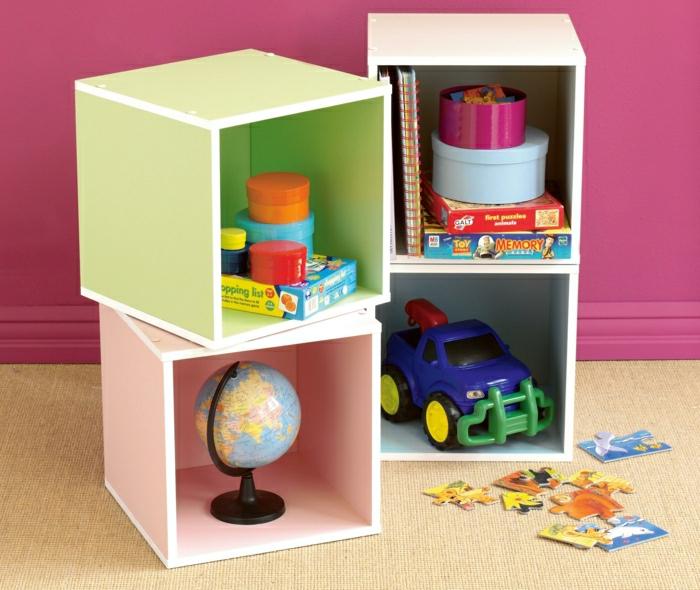 étagère-cube-solutions-pratiques-pour-la-chembre-d'enfant-resized