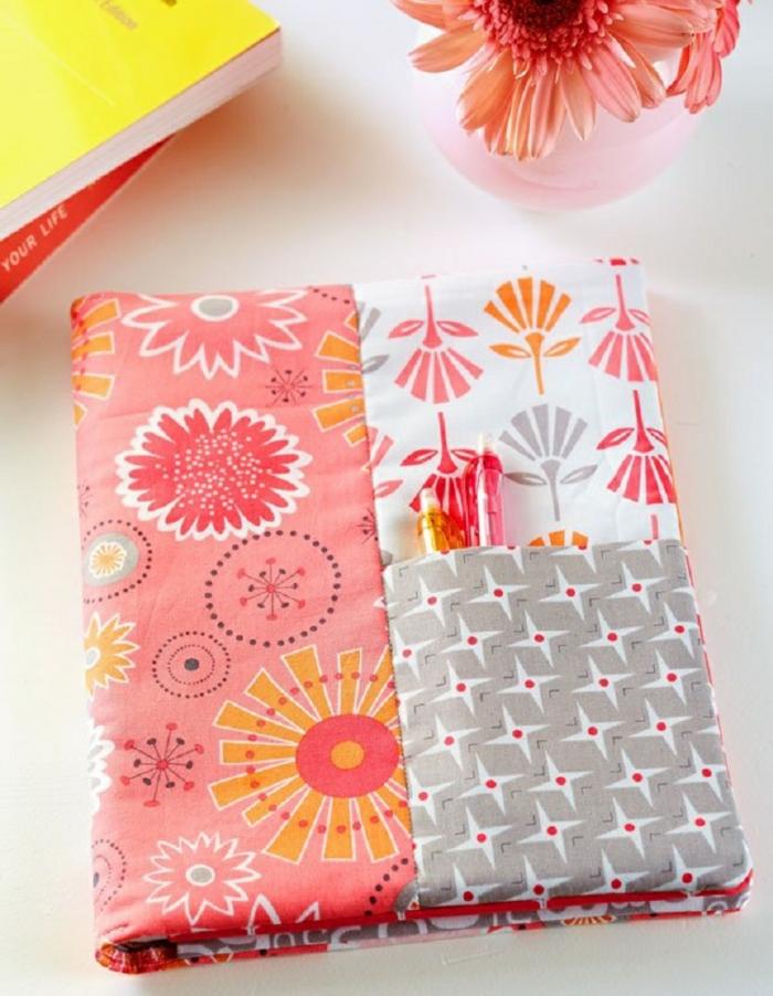 être-originaux-avec-un-cahier-personnalisé-rentrée-scolaire-2015-tissue-textile-couverture
