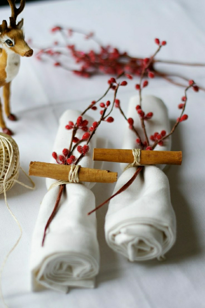 0-mode-de-pliage-original-pour-les-serviette-en-tissu-blanc-pliage-serviette-rouleau