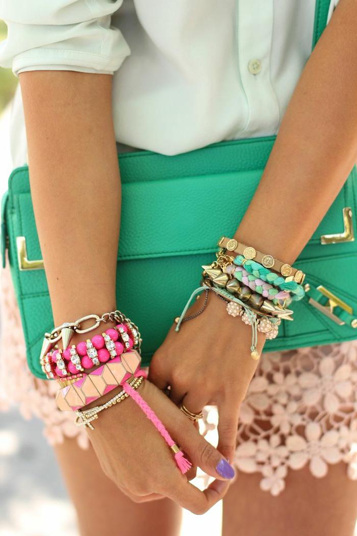 1-bracelets-brésilien-tuto-colorés-tendances-dans-la-mode-bracelets-brésilien-tuto