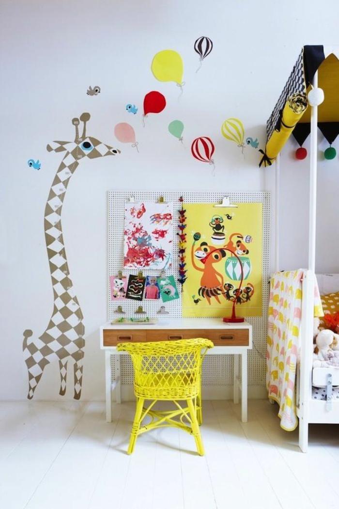 Choisir la meilleure chaise de bureau enfant avec cette - Chaise de bureau jaune ...