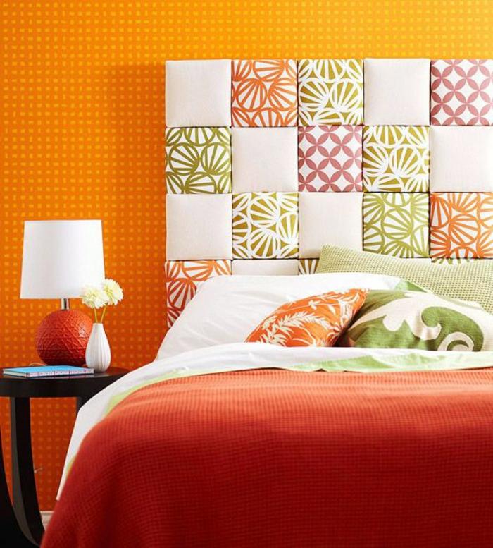 1-comment-décorer-sa-chambre-deco-chambre-parantale-murs-oranges-linge-de-lit-orange-chambre-à-coucher
