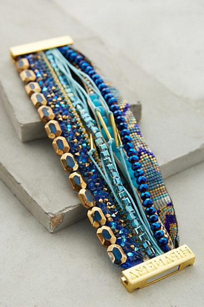 1-comment-faire-des-bracelets-brésiliens-idée-pour-bracelets-brésiliens-modèle-bracelet-brésilien-bleu