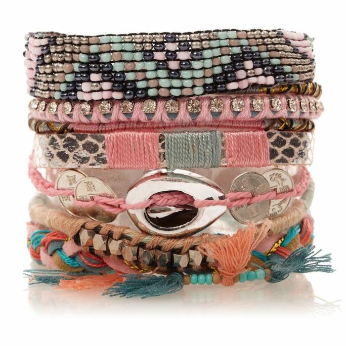 1-comment-faire-des-bracelets-brésiliens-idée-pour-bracelets-brésiliens-modèle-bracelet-brésilien-coloré-idee