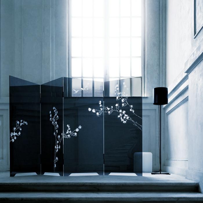 1-gravure-sur-miroir-gravure-sur-verre-vialon-gravure-belle-chambre-intérieur-personnalisé