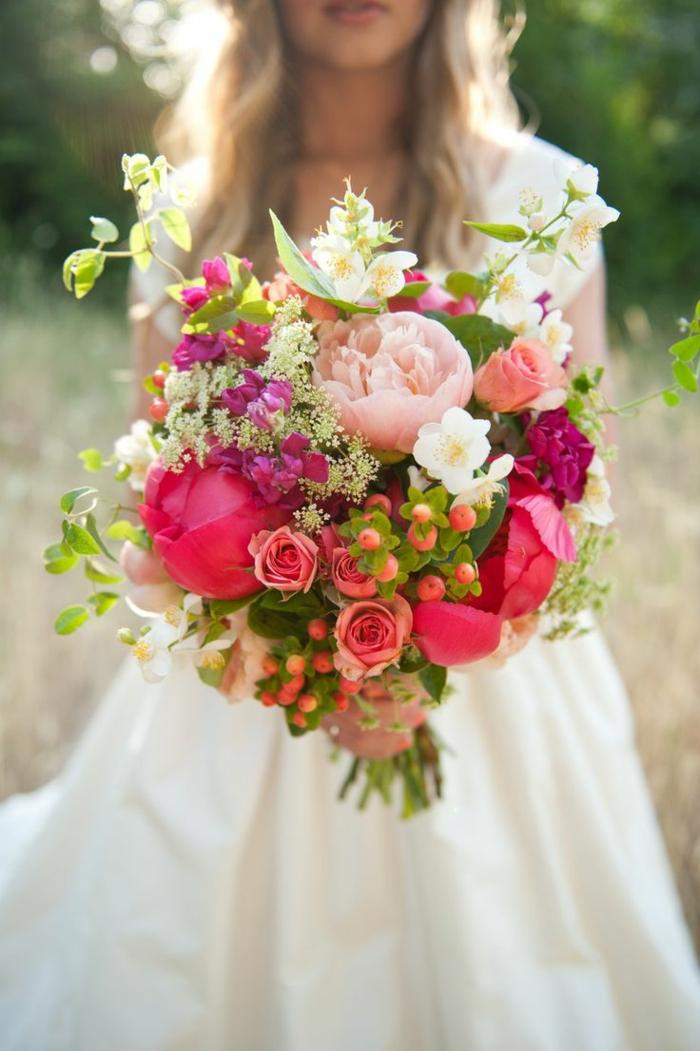 1-gros-bouquet-de-fleurs-enorme-bouquet-de-roses-magnifique-bouquet-de-fleurs-signification-des-roses