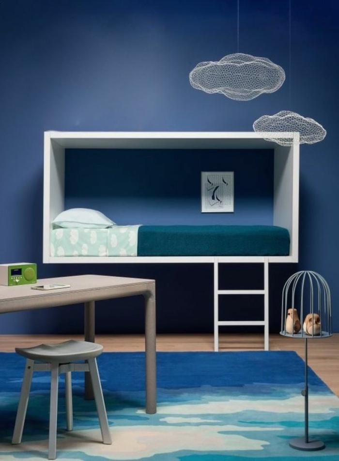 1-jolie-chambre-d-enfant-avec-chaise-de-bureau-enfant-meubles-dans-la-chambre-enfant-bleu-garçon