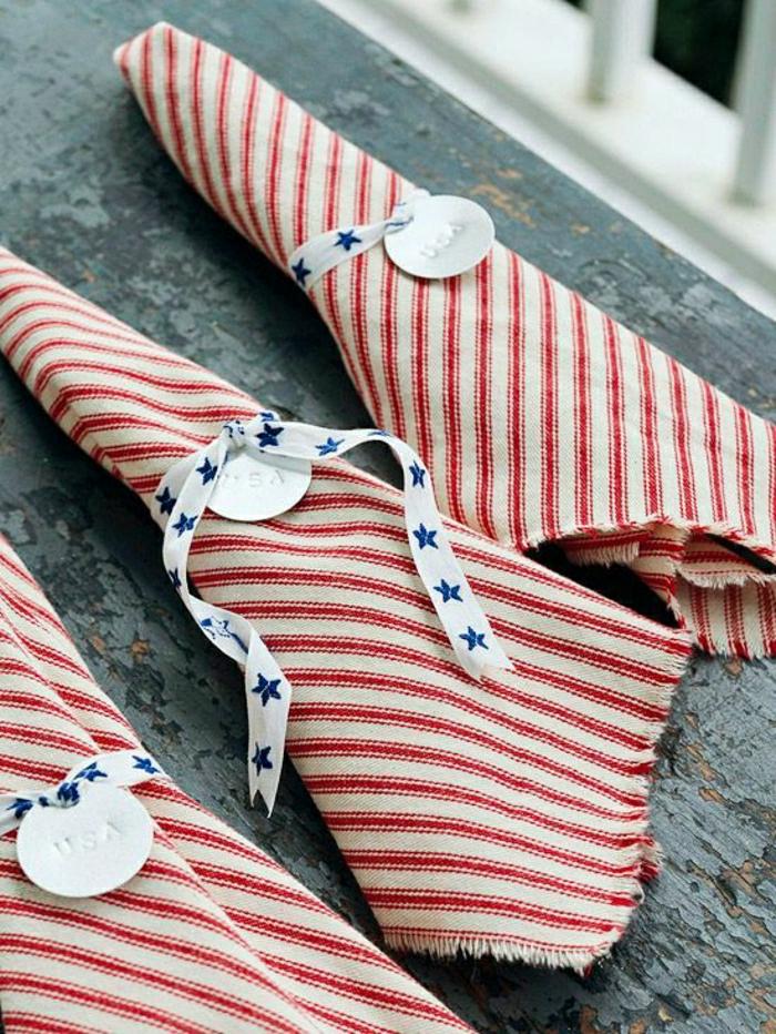 1-jolie-variante-pour-pliage-de-serviette-en-tissu-a-rayures-blanc-rouge