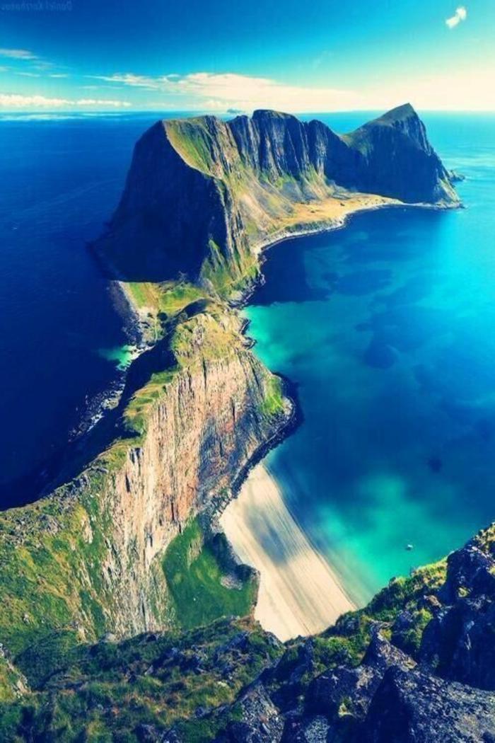 1-les-plus-beaux-fonds-d-écran-paysage-avec-une-jolie-plage-pres-de-la-mer