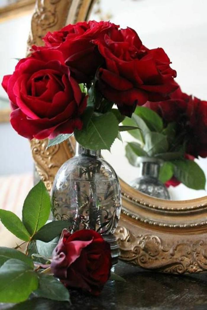 1-symbole-rose-rouge-bouquet-de-roses-rouges-signification-des-roses