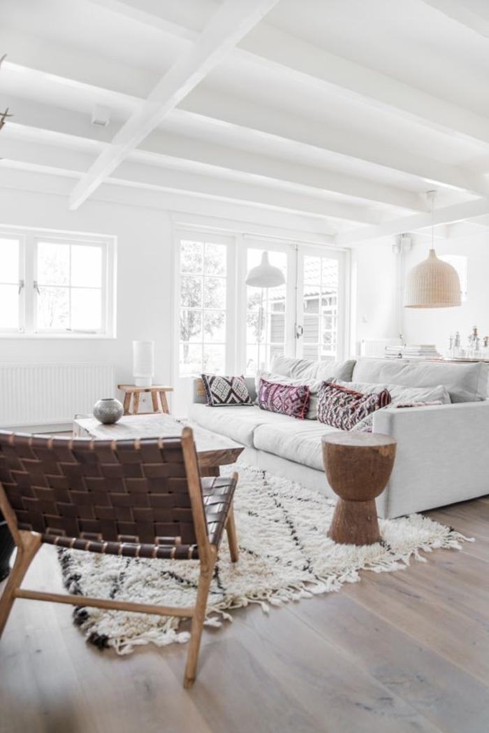 1-tapis-de-salon-de-couleur-blanc-tapis-shaggy-dans-l-intérieur-moderne