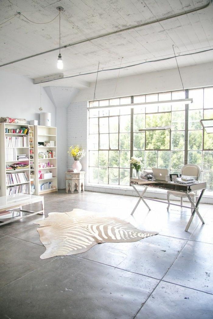 1-tapis-de-zebre-tapis-zebre-ikea-à-rayures-blancs-noirs-dalles-de-sol-gris