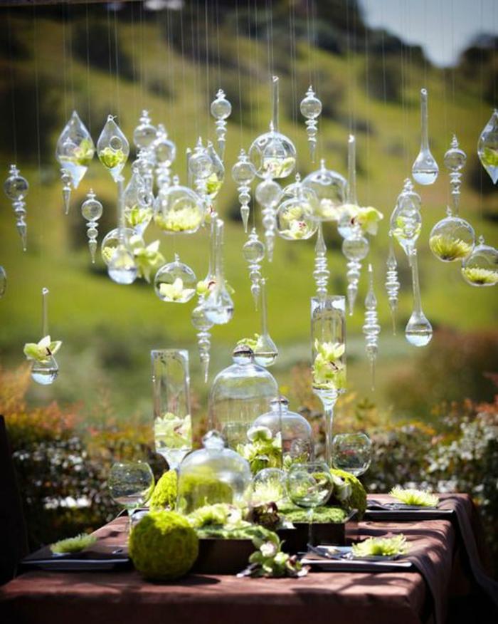 1-une-jolie-deco-anniversaire-adulte-pour-la-table-dans-le-jardin