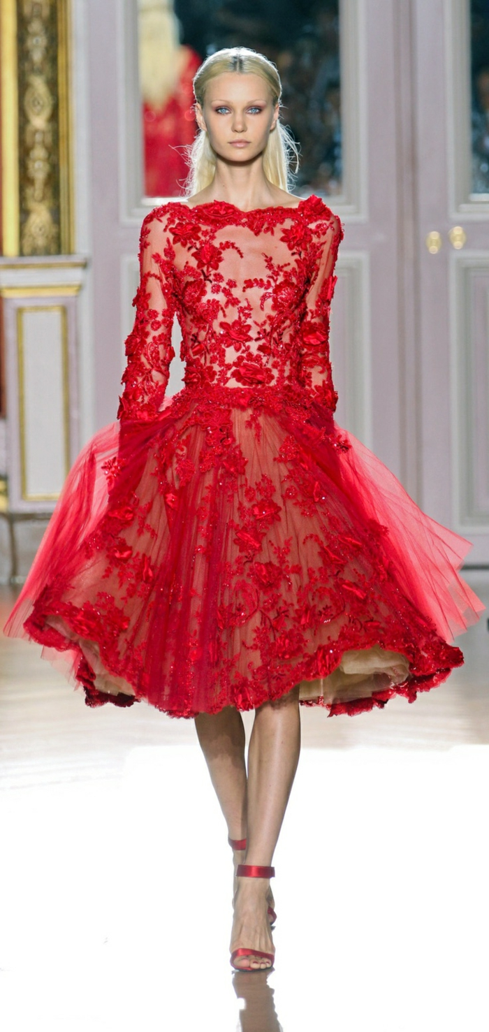 Robe rouge traduccion espanol