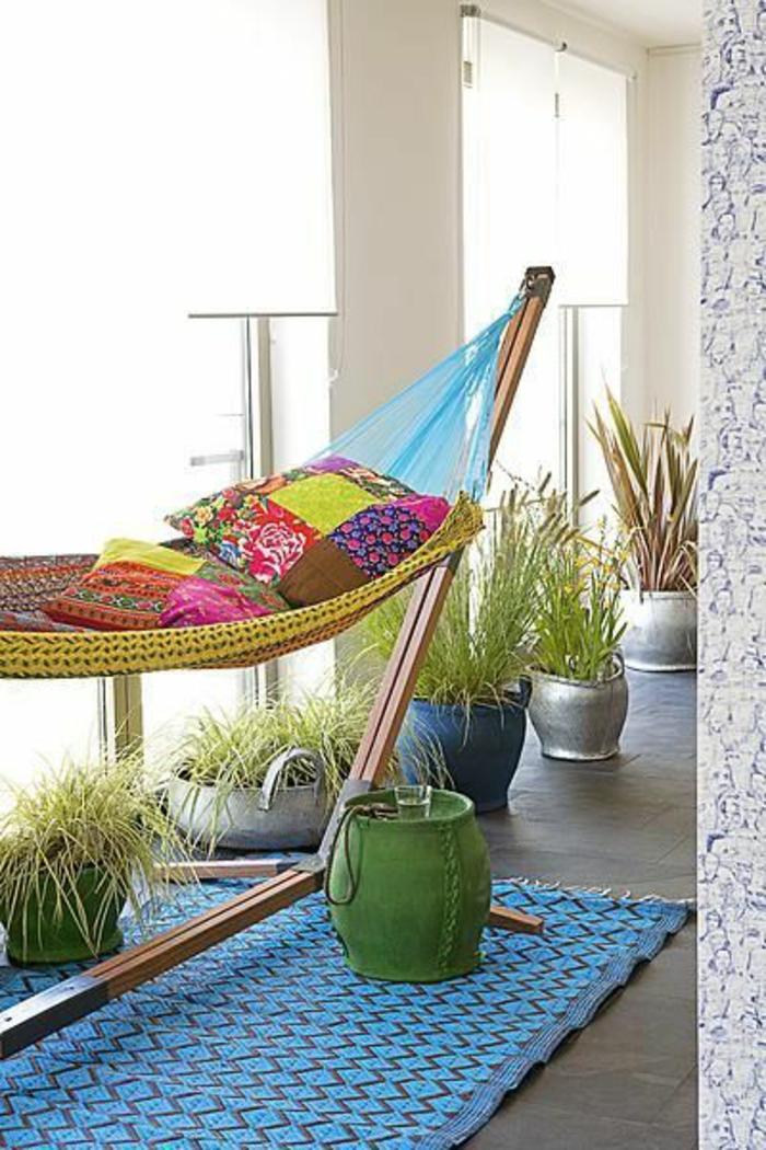 1hamac-sur-pied-intérieur-moderne-hamac-moderne-coloré-meubles-d-intérieur-moderne