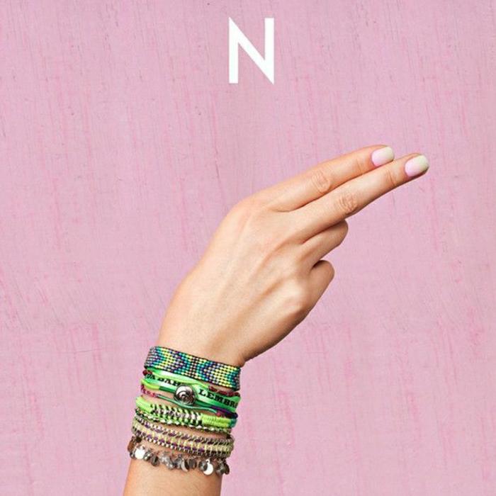 2-bracelets-brésiliens-modèle-coloré-bijoux-de-filles-bijoux-de-plage-colorés-diy-idée
