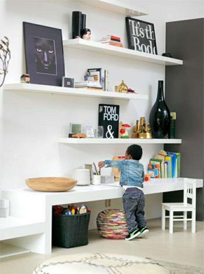 2-chaise-de-bureau-en-plastique-bureau-d-enfant-chaise-basse-de-bureau-blanche-petit-enfant