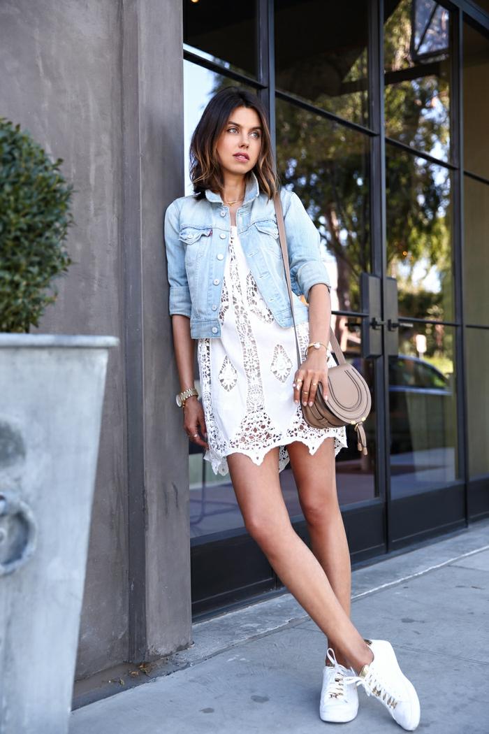 Veste robe blanche