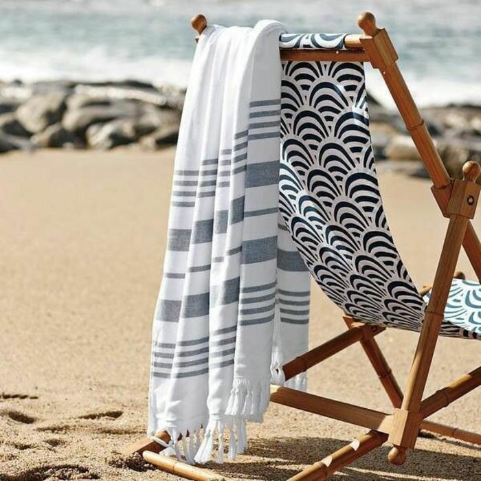 5-drap-de-bain-serviette-de-toilette-ponchos-serviette-éponge-blanc-et-noir-resized