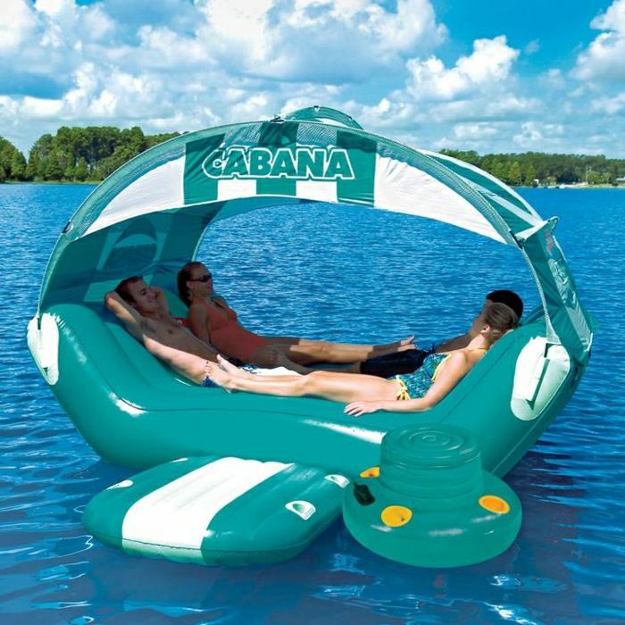 9-un-joli-canapé-gonflable-pour-aller-à-la-piscine-jolie-idee