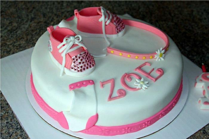 Déco-gateau-anniversaire-enfant-disney-recette-gateau-anniversaire-fille-1-an-chaussures