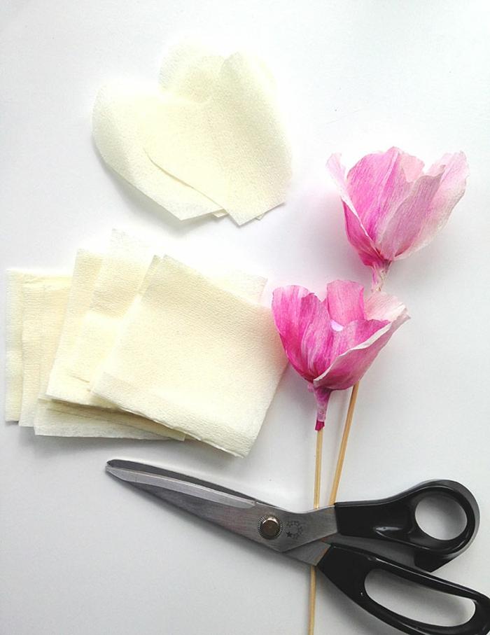 DIY-fleurs-papier-crepon-bouquet-de-mariée-fleur-en-papier-crepon