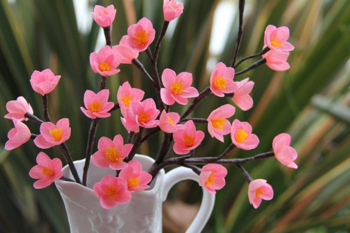 Comment cr er une fleur en papier cr pon - Faire une fleur ...