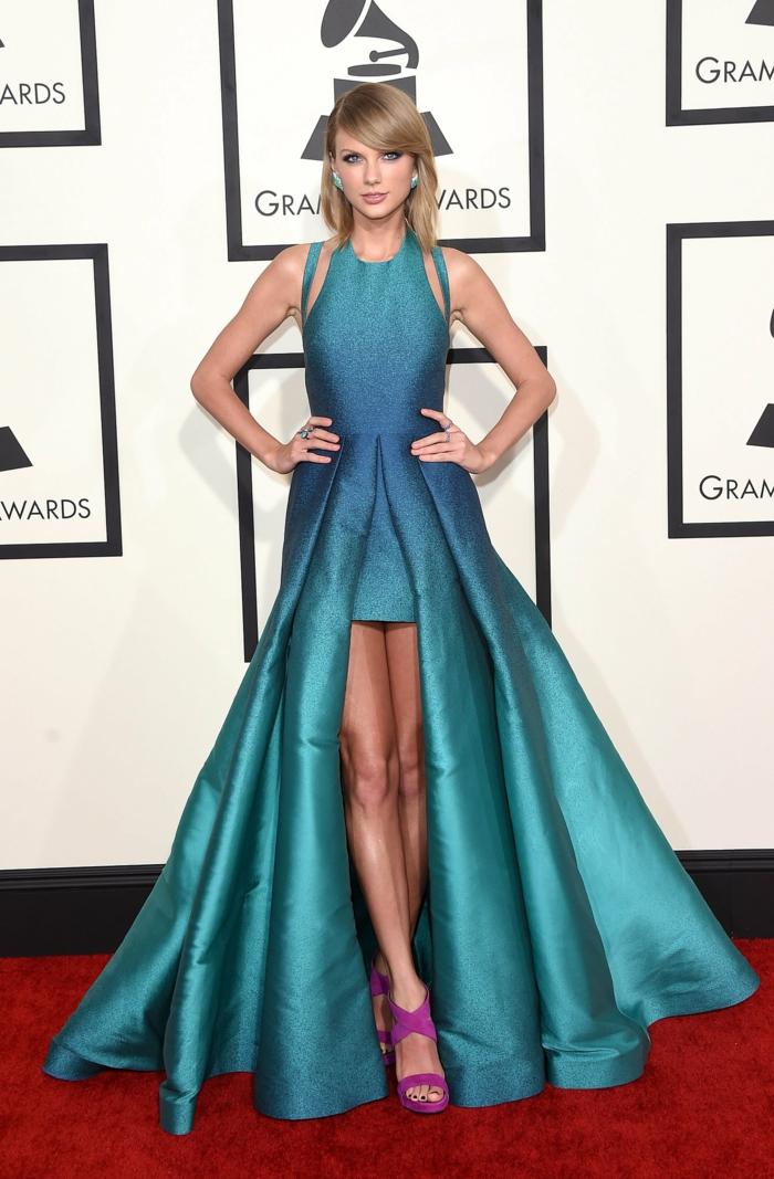 La-robe-habillée-longue-chique-idée-tenue-de-soirée-claire-bleue-cool-taylor-swift