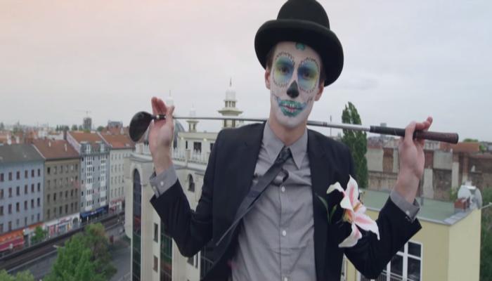 Le-maquillage-halloween-vacances-toussaint-2015-idées-joli-fleur-oeil-la-nuit-sucre-monstre-sympa-resized