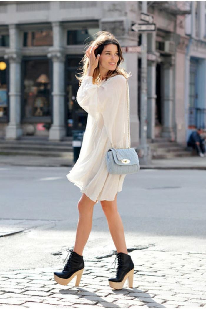 Une-robe-dentelle-blanche-belle-idée-tenue-été-automne-sur-la-rue