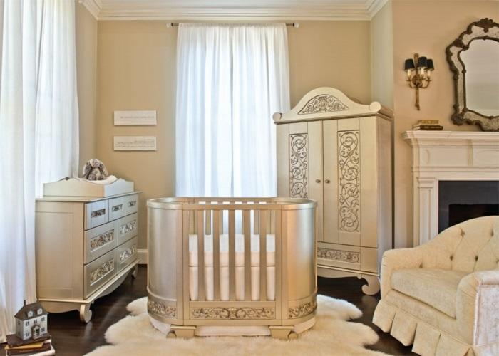 aménagement-petit-espace-avec-le-fauteuil-convertible-lit-style-victorien-chambre-enfant-chic-lit-bébé