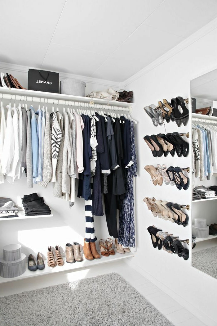 Comment am nager un dressing pratique et ranger les v tements avec style ar - Comment amenager un dressing ...