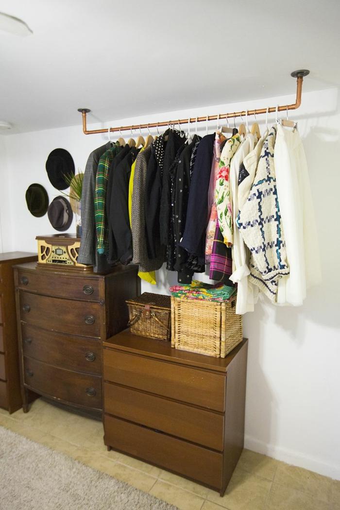 aménager-un-dressing-idéesavec-meubles-recyclés