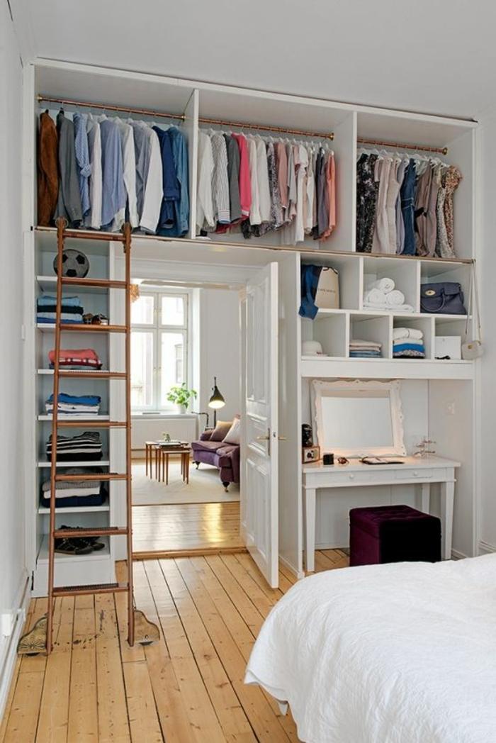 aménager-un-dressing-rangement-malin-avec-échelle