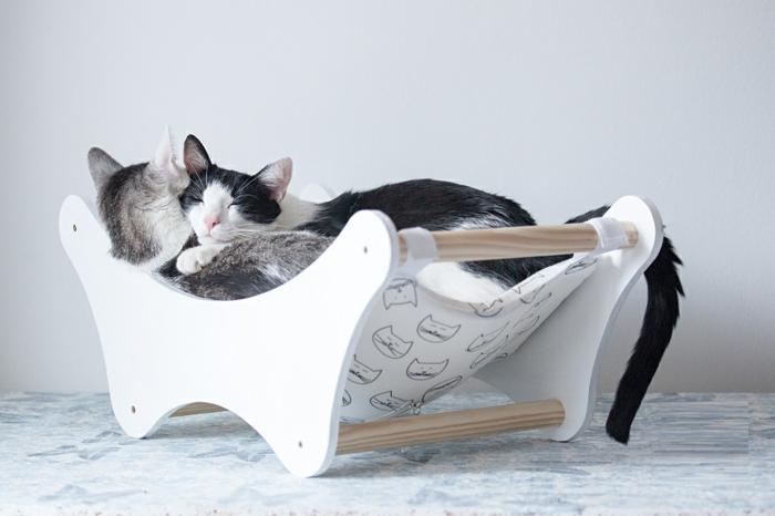 Un hamac pour chat va donner grand confort votre animal - Coussin pour tete de lit pas cher ...
