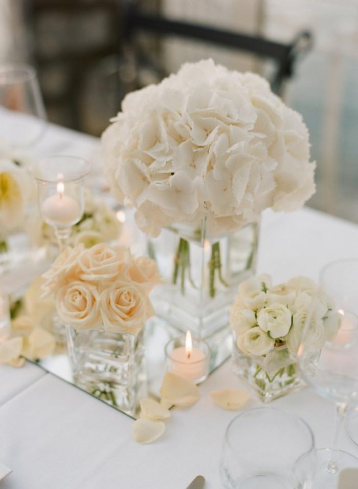bac-vase-design-vase-deco-pot-réservoir-vase-verre-transparent-décoration-mariage-fleurs-blanches-bougies